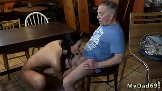 Old man babe xxx Can you guaranty your girlcompeer leaving