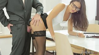 Office babe Carolina Abril makes the most of her work boyfriend