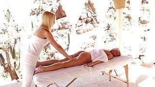 Kermis models Dani Desire and Sierra Nevadah love eating pussy